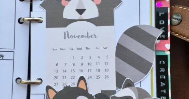 Racoon calendar divider+ paperclips - Free printable