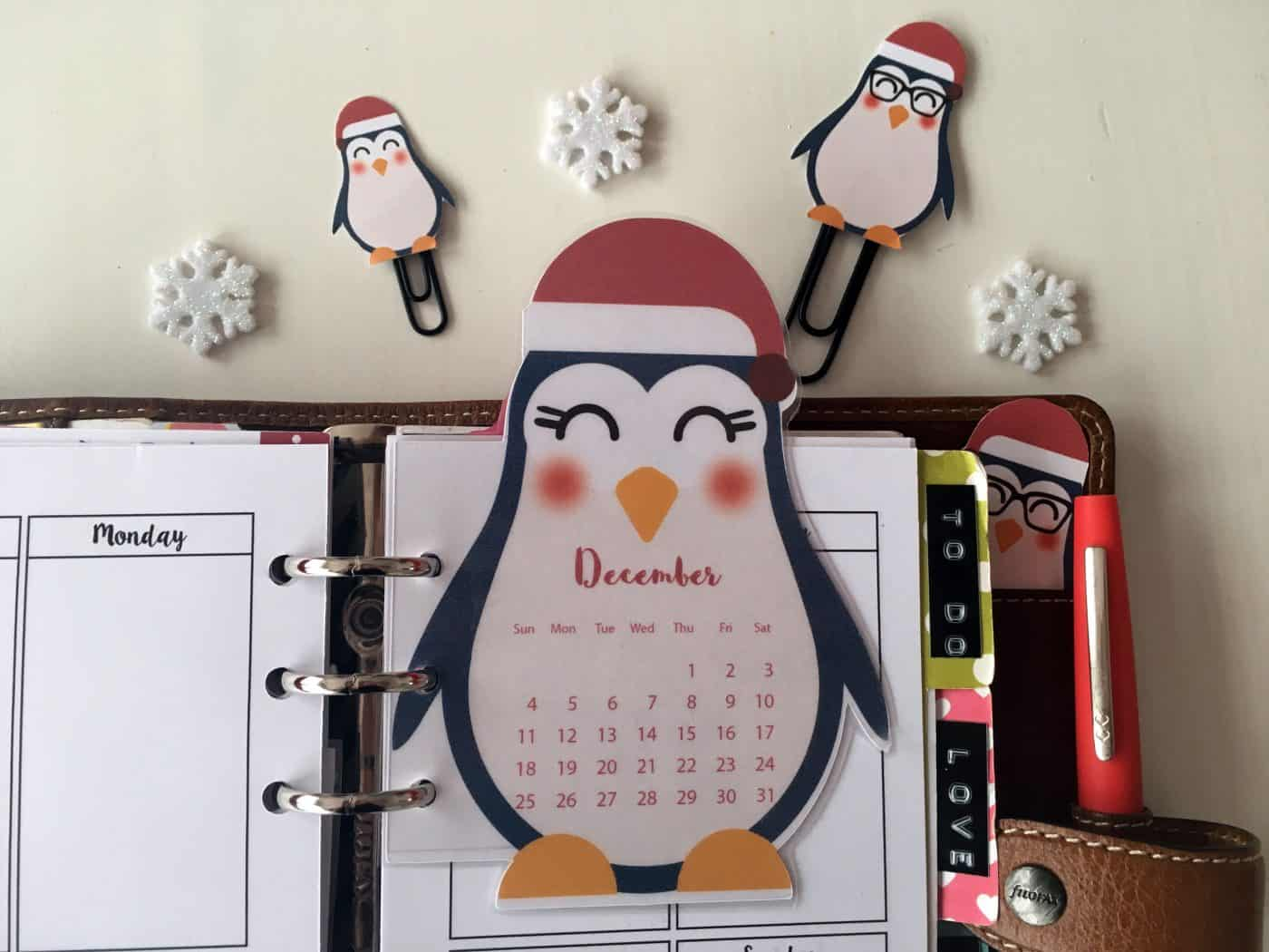 Penguin calendar divider + paperclips - Free planner printable (+blank version)