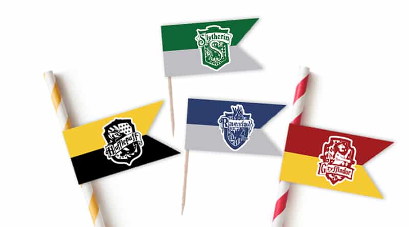 Free Printable Mini Hogwart's Houses flags to use as cupcake toppers or straw flags for your Harry Potter Party #harrypotter #harrypotterparty #halloween #party #partydecor #flags #cupcaketoppers #strawflags #hogwarts #freeprintable