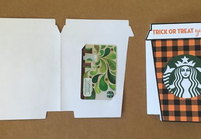 Free Printable Starbucks Gift Card Holder: Trick or Treat Yo'self, perfect for fall and halloween. #giftideas #teachergift #halloween #fall #starbucks