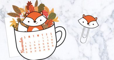 Free Printable Fall floral Coffee cup calendar divider with cute fox paperclip to decorate your planner. #freeprintable #planner #bujo #kawaii #pumpkin #fall #autumn #lovelyplanner