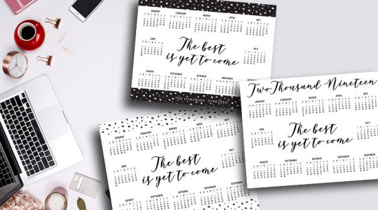Free Printable 2019 at a glance calendar to plan out your year. 3 feminine designs available for this one page 2019 calendar. #freeprintable #calendar #2019 #printablecalendar #lovelyplanner