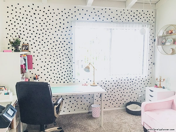 Free SVG cut file DIY dots accent wall